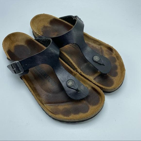 Birkenstock Gizeh black leather thong sandal